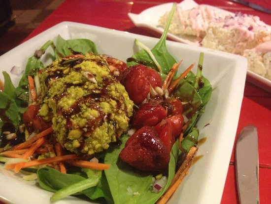 La Bulla: Salade d'épinards et mascarpone exquise
