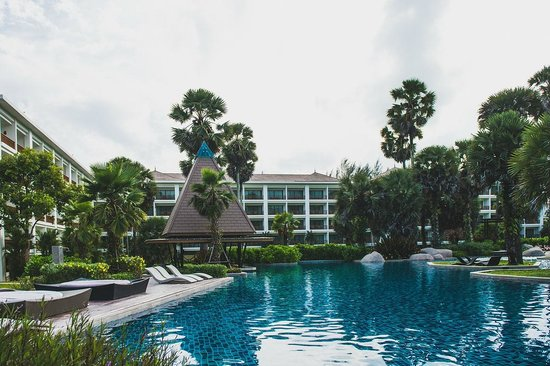 Naithonburi Beach Resort : новые корпуса