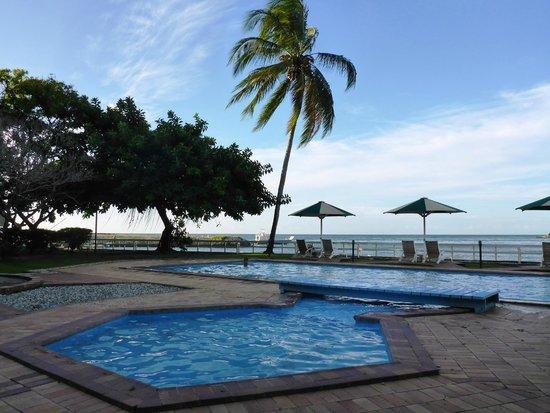Solomon Kitano Mendana Hotel: Pool area