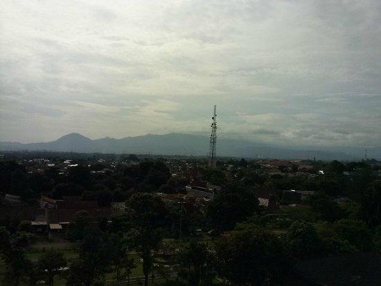 Amaris Hotel Padjajaran Bogor : ทิวทัศน์จากห้อง