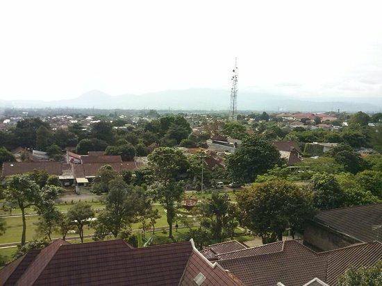 Amaris Hotel Padjajaran Bogor : วิวนอกห้อง