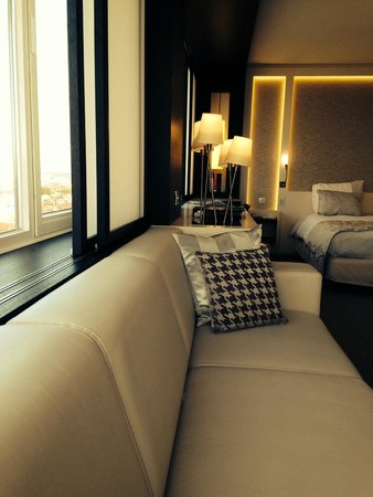 The Hotel - Brussels: panorama suite