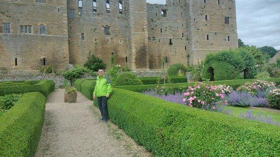 Bolton Castle: Gardens