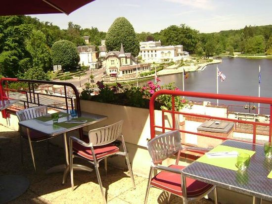 Hotel du Beryl: Terrasse du restaurant