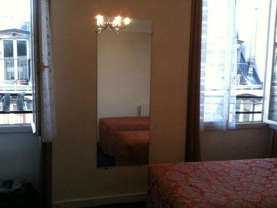 Montpensier : room 35