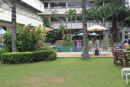 Karon Whale Resort Phuket: Карон