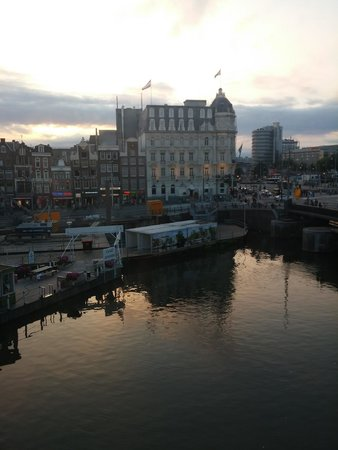 Hostel Meeting Point: View from room was superb