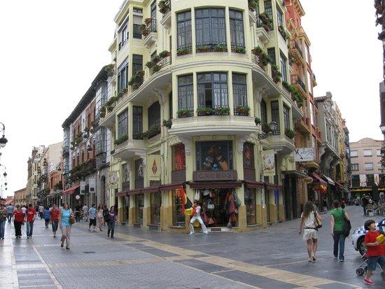 Orejas Hostal: Altstadt Leon
