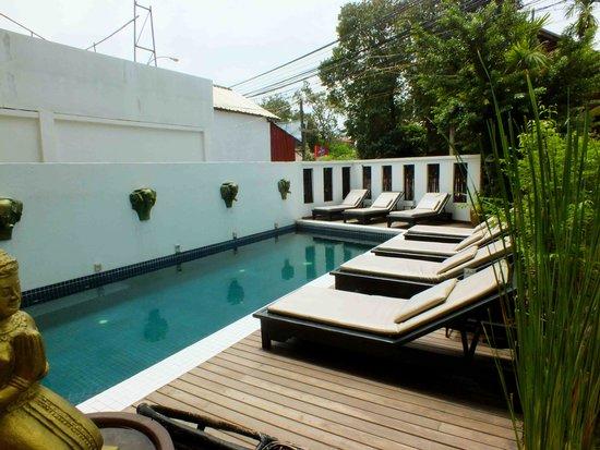 Banyan Leaf Hotel: Pool