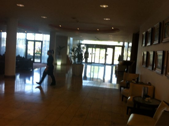 CityNorth Hotel & Conference Centre: Lobby.