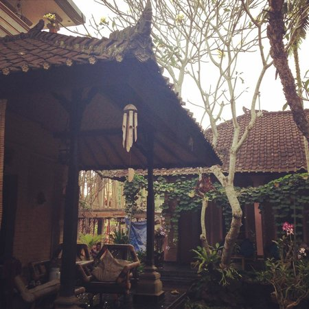 Teba House Ubud Guest House: Balinese Serenity