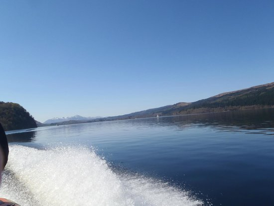 Cruise Loch Ness: A high speed run on the loch