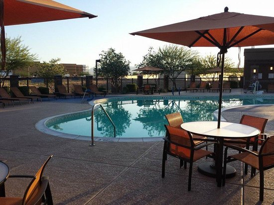 Courtyard Scottsdale Salt River: Piscine