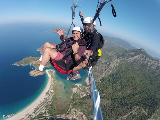 Sky Sports paragliding: Flight over Olu Deniz