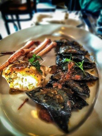 Fumo: Black ink ravioli with Crab