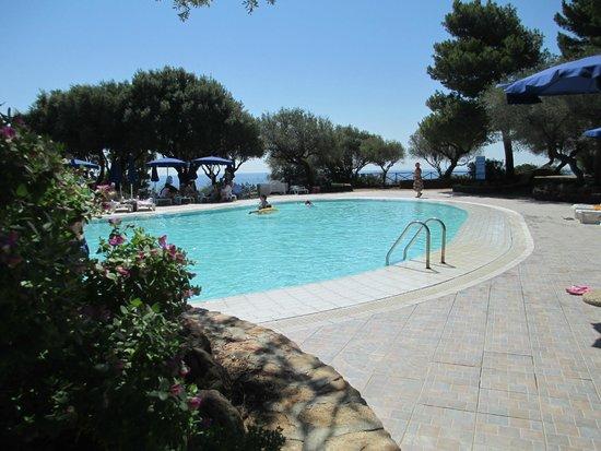 Palmasera Village Resort: la piscinaaaaaaa