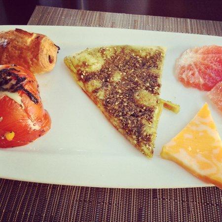 AlQasr Metropole Hotel : Breakfast