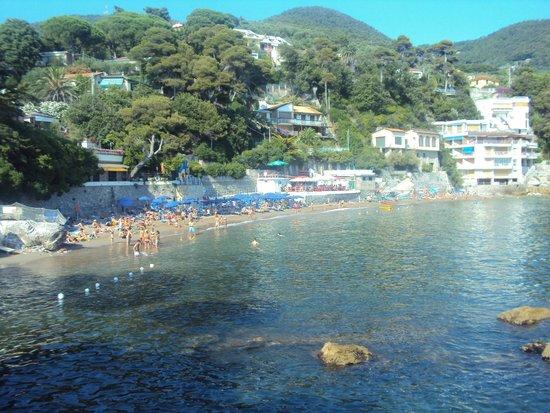 Hotel Rosa dei Venti: Spiaggia Fiascherino