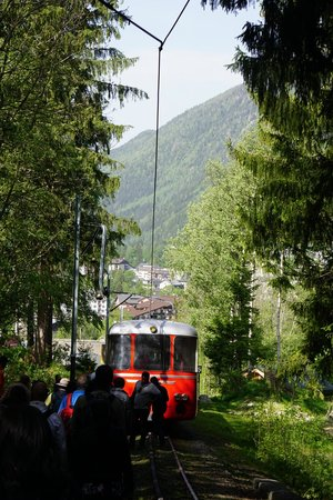 Montenvers - Mer de Glace train: The rescue deisel train