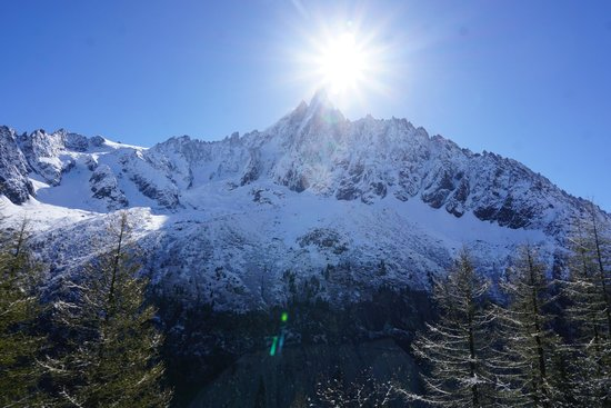 Montenvers - Mer de Glace train: Early Morning Spring Sun