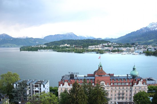 Art Deco Hotel Montana Luzern: Room with a view!