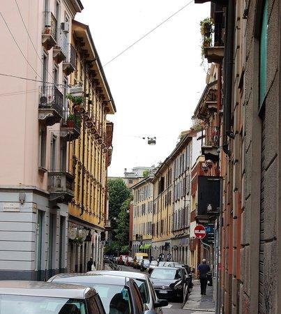 Via Savona