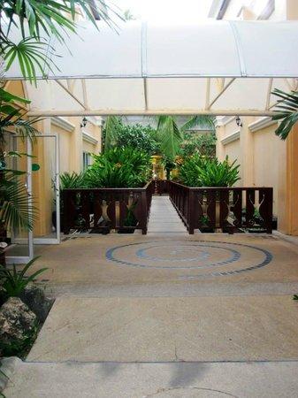 Phuket Graceland Resort & Spa : Hotel Area