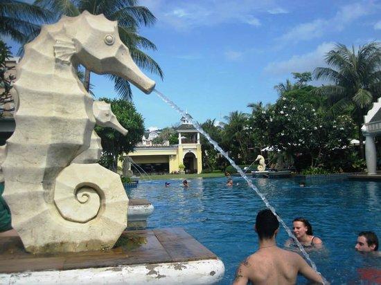 Phuket Graceland Resort & Spa : Pool