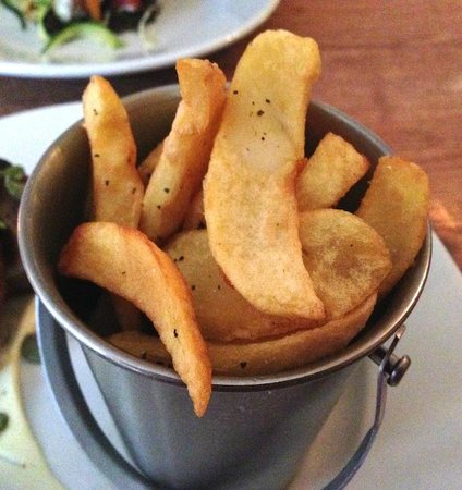 The Bell at Caerleon: In a bucket - why? (don't be put off, they were yummy).