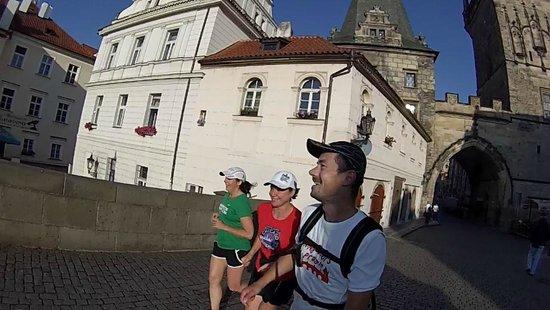 Running Tours Prague: Running in Prague across the Charles Bridge