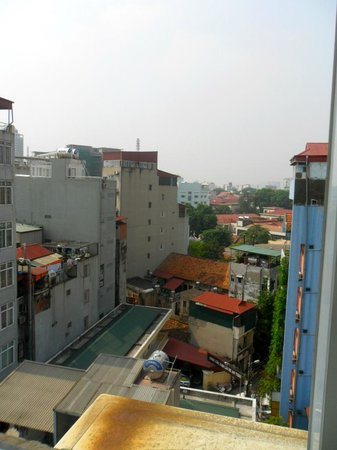 Paramount Hotel Hanoi : View from room window