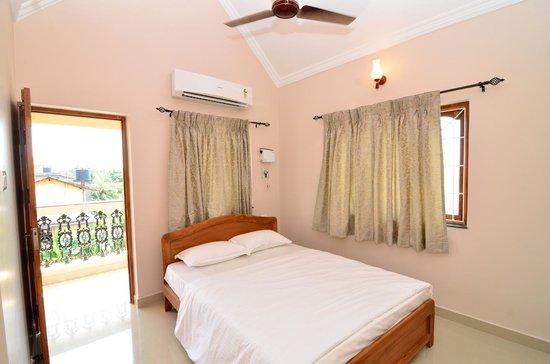 Plush Bedrooms Photo De Horizons Shalom Porvorim Tripadvisor
