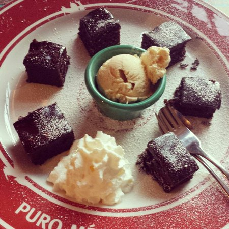 Enchilada : Dessert warm brownies