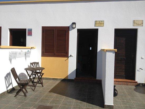 Hospederia Rural Los Palmitos: puerta habitación