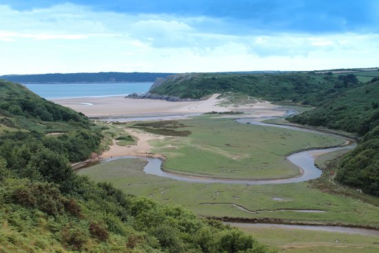 Gower Peninsula: Three Cliffes Bay