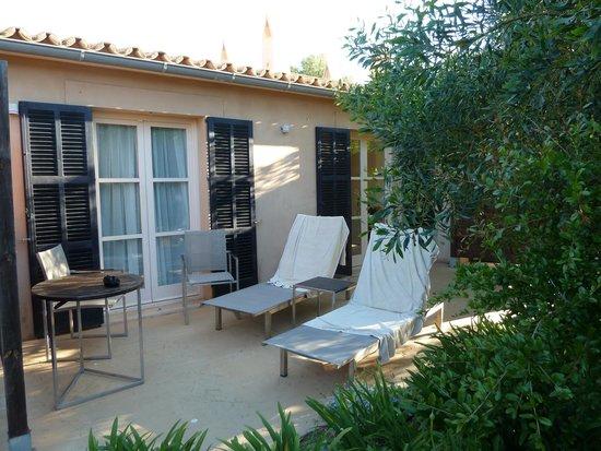 Hilton Sa Torre Mallorca: Poolside room terrace