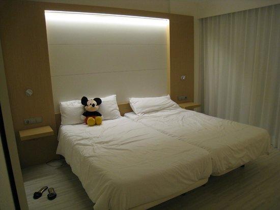 Insotel Cala Mandia Resort & Spa: La chambre
