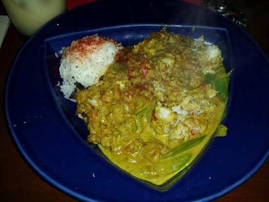 Hula's Island Grill : Crab curry