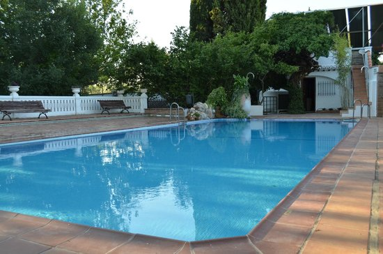 Camping Reina Isabel: Zona de la piscina