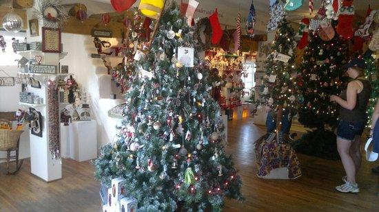 Albuquerque Old Town: Christmas Shop old town