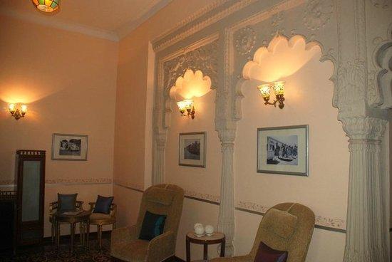 Usha Kiran Palace : Room