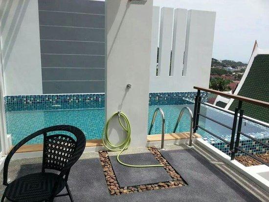 Kata Sea View Villas: Private Pool