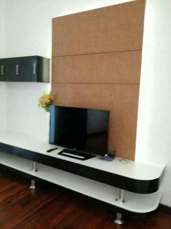 Kata Sea View Villas: Master Bedroom TV Corner