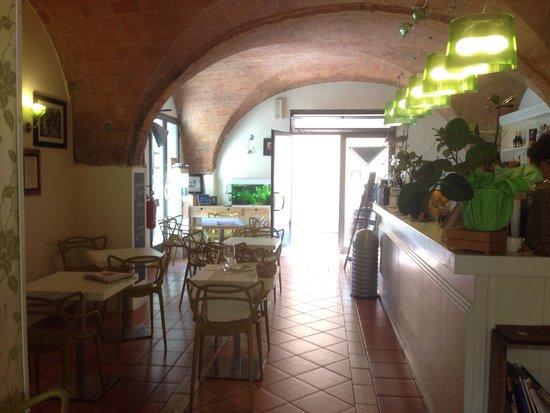 Gola Cafe