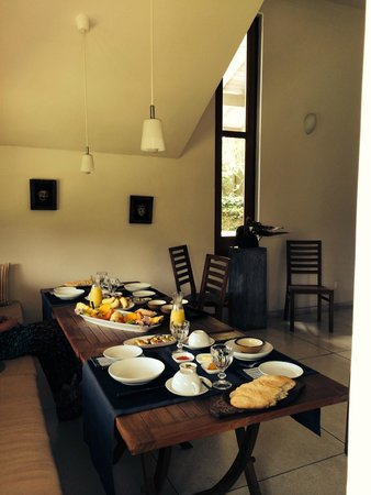 Baramba House: Complementary Breakfast