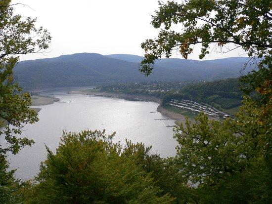 Edersee: Blick auf Halbinsel Scheid