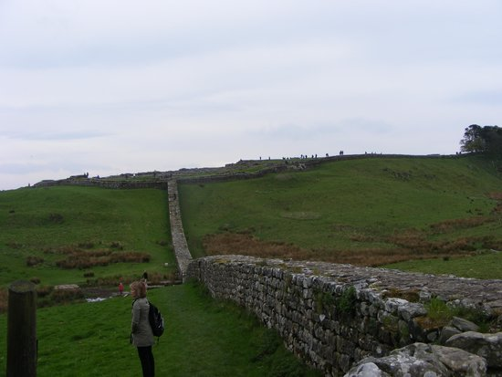 Walltown Crags - Hadrian's Wall: Part of the wall