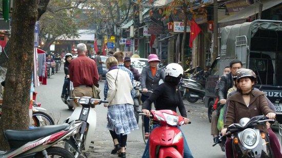 Hanoi Old Quarter Hotel: Få minutter fra hotellet