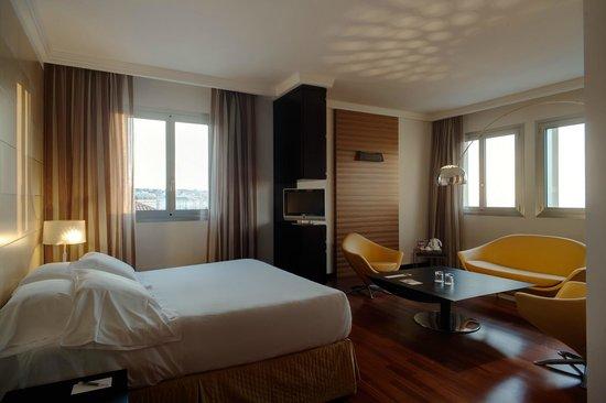 NH Trieste: Guest room - Suite