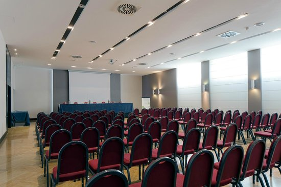 NH Trieste: Meeting room